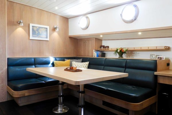 bylgja-sailing-charters-cabins-31