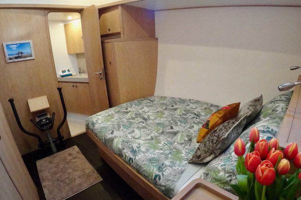 bylgja-sailing-charters-cabins-34